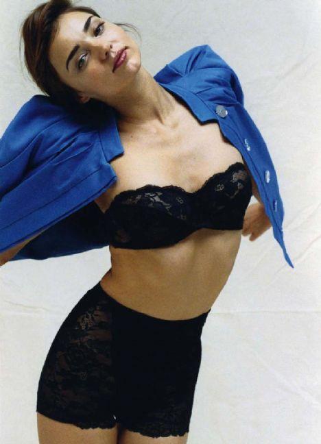 Miranda Kerr - 92